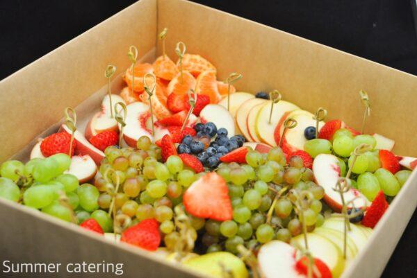 Ассорти фруктов и ягод (1,5 кг)